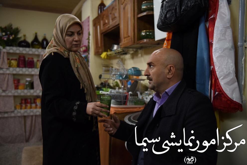 مهران احمدی و ستاره اسکندری در نمایی از زعفرانی